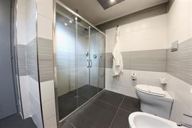98366_007_Guestroom