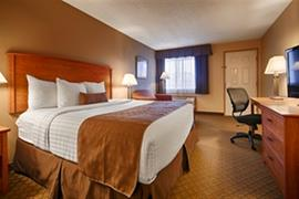 38100_004_Guestroom