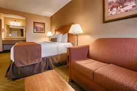 38100_005_Guestroom