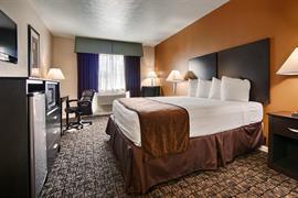 05566_006_Guestroom
