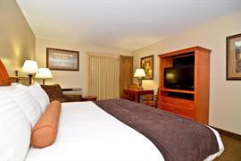35030_002_Guestroom