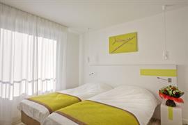 93695_003_Guestroom