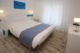 93695_005_Guestroom