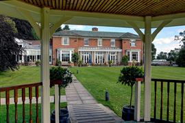 kenwick-park-hotel-grounds-and-hotel-81-83858