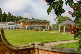 kenwick-park-hotel-grounds-and-hotel-23-83858