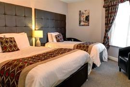 kenwick-park-hotel-bedrooms-46-83858