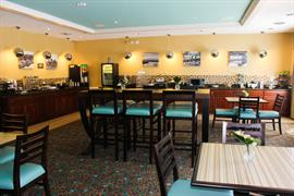 47148_004_Restaurant
