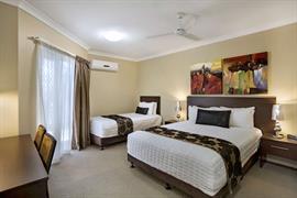97358_004_Guestroom