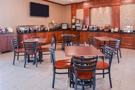 26140_007_Restaurant