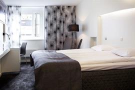 88161_004_Guestroom