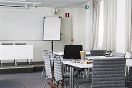 88161_005_Meetingroom