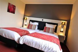 92910_003_Guestroom