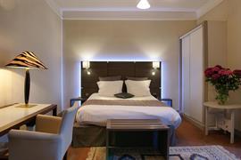 93412_003_Guestroom