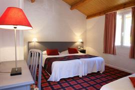 93412_007_Guestroom