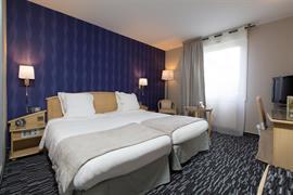 93293_001_Guestroom