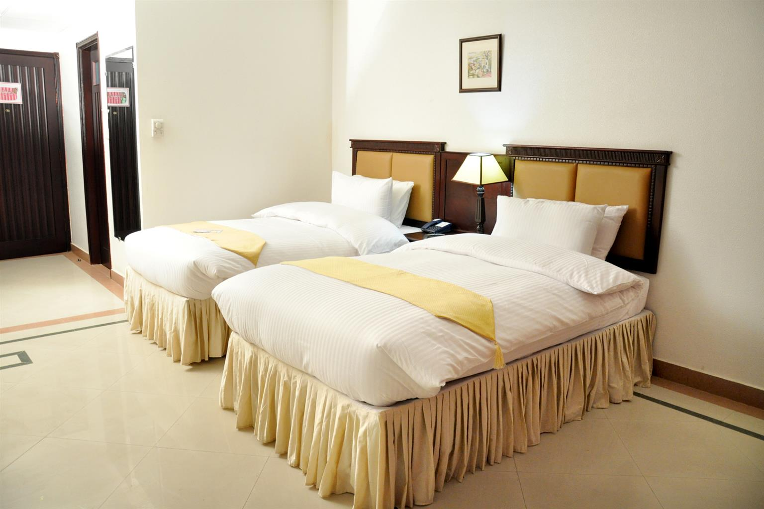 Best hotel for dating in lahore