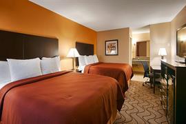 44537_001_Guestroom
