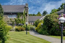 lancashire-manor-hotel-grounds-and-hotel-13-83923