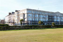 lansdowne-hotel-grounds-and-hotel-09-83027