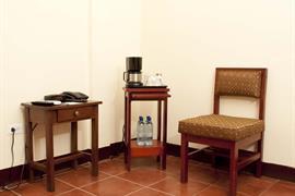 70902_007_Guestroom