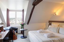 93779_003_Guestroom