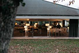 93390_005_Restaurant
