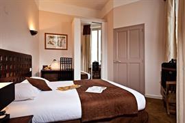 93574_003_Guestroom