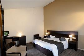93594_005_Guestroom