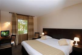 93594_006_Guestroom