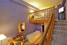 93532_002_Guestroom