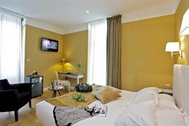 93532_003_Guestroom