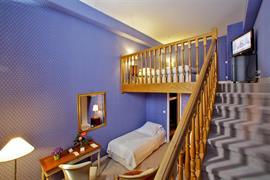 93532_005_Guestroom