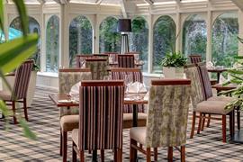 lee-wood-hotel-dining-06-83174