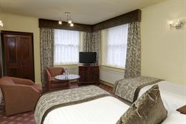 lee-wood-hotel-bedrooms-19-83174