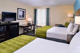 47076_004_Guestroom