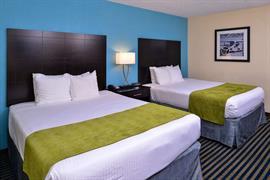 47076_005_Guestroom