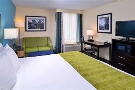 47076_007_Guestroom