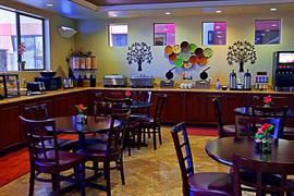 03148_005_Restaurant