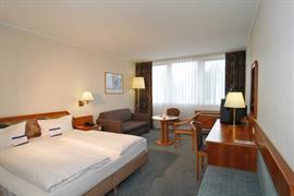 95354_007_Guestroom