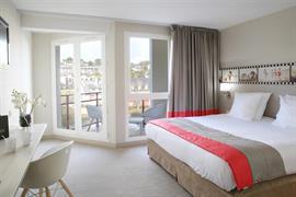 93809_000_Guestroom