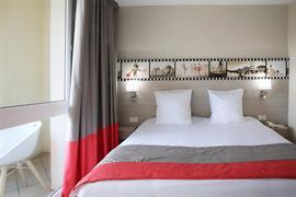 93809_001_Guestroom