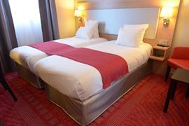 93794_004_Guestroom