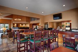 47126_004_Restaurant