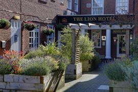 lion-hotel-grounds-and-hotel-34-83723