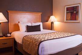 37115_004_Guestroom