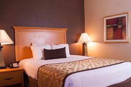 37115_005_Guestroom