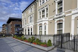 london-highbury-grounds-and-hotel-09-83939