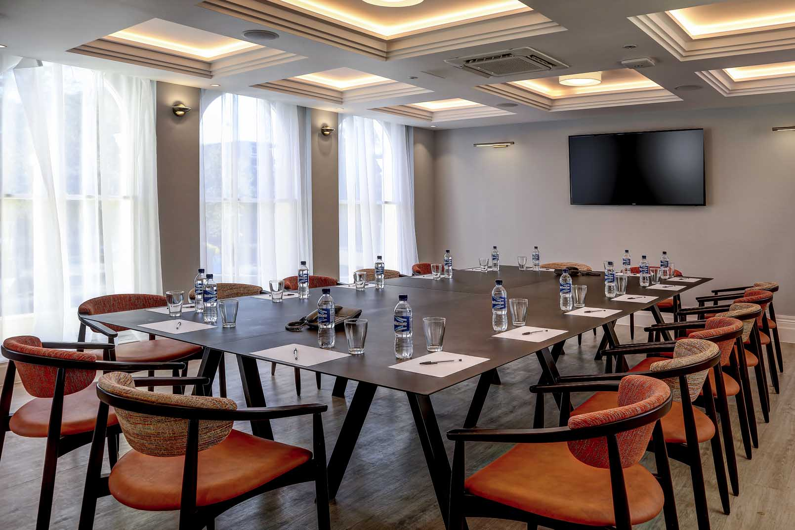 ... crystal-palace-queens-hotel-meeting-space-01-84225 ... d356eef2c4