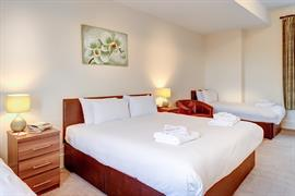 lord-haldon-country-house-hotel-bedrooms-21-83874
