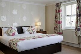 lord-haldon-country-house-hotel-bedrooms-39-83874